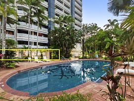 Luxury Pool Side Apartment In Beachfront Resort photos Exterior