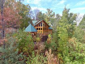Luvin Logs Lodge photos Exterior
