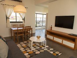 Stylish Chic 2Br Bauhaus Ap Heart Of Tlv photos Exterior