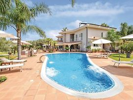 Amazing Home In Nocera Terinese W/ Outdoor Swimming Pool, Sauna And 6 Bedrooms photos Exterior