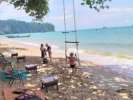 Ao Nang Beach Home photos Exterior