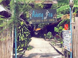 Adang Sea Divers & Eco Lodge photos Exterior