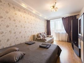Apartment On Yuriya Gagarina Av Near Skk photos Exterior