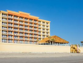 Hampton Inn Daytona Beach/Beachfront photos Exterior