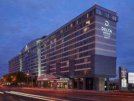 Delta Hotels By Marriott Toronto Airport & Conference Centre photos Exterior