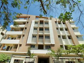 Viswa Service Apartment photos Exterior
