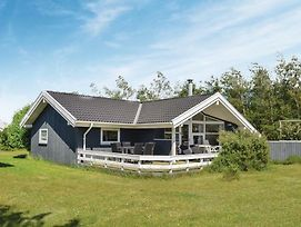 Three Bedroom Holiday Home In Humble photos Exterior