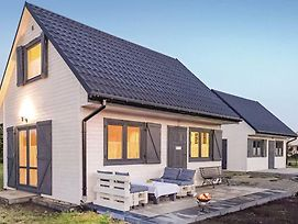Two-Bedroom Holiday Home In Kolczewo photos Exterior