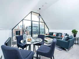 Stylish Whitechapel Flat With City Views photos Exterior