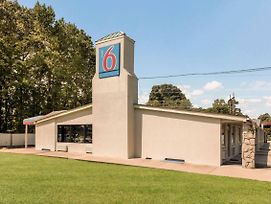 Motel 6 Newport News photos Exterior