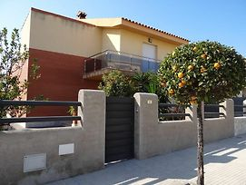 House With 4 Bedrooms In L'Ampolla, With Wonderful Mountain View, Enclosed Garden And Wifi - 500 M F photos Exterior