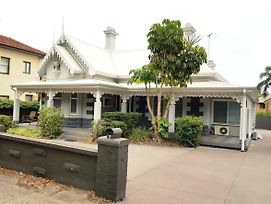 Heritage And Charming House In Subi photos Exterior
