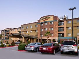 Courtyard By Marriott Victorville Hesperia photos Exterior