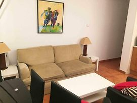 Fully Equipped Apartment With Parking Space And Wifi photos Exterior