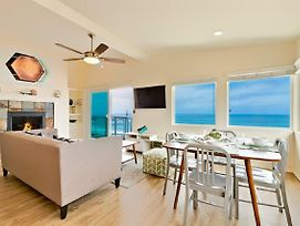 #216Ros - Beachfront Bliss III Two-Bedroom Holiday Home photos Exterior