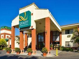 Quality Inn & Suites Walnut - City Of Industry photos Exterior