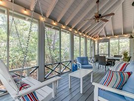 Magnolia Cottages By The Sea- Steps To The Pool, 2 King 1 Queen Bed! photos Exterior