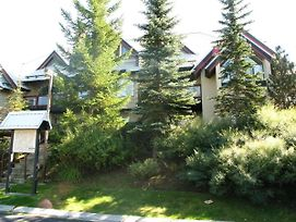 Villas Snowberry By Whistler Retreats photos Exterior