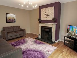 Spacious 4 Bedroom Family Home. Free Parking. Next To Galway Racecourse Galway Clinic. photos Exterior