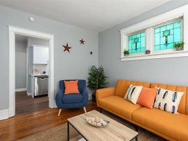 Charming & Historic 1Br photos Exterior