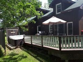 6 Bed Blue Mountain Cottage With Hot Tub #102 photos Exterior