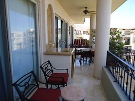 Vle-2806-Ocean Front Resort- Walking Distance To Town! Swimmable Beach! photos Exterior