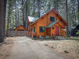 Charming Log Cabin At Al Tahoe photos Exterior