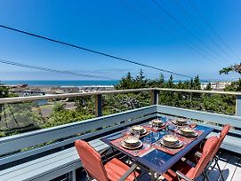 Newport'S Cypress Oceanview Home photos Exterior