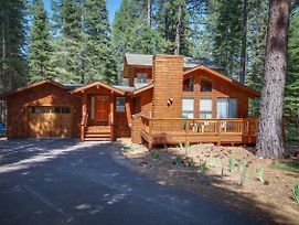 Beaver Pond Northstar Luxury Chalet With Hot Tub photos Exterior