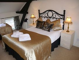 Hamlet Cottage Sleeps 3-4 Stratford Upon Avon photos Exterior