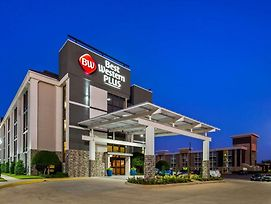 Best Western Plus Dallas I-35 At Walnut Hill photos Exterior