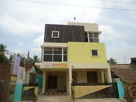 Thirumalai Home Stay - Group & Family Stay Room Vl Swami Malai Temple photos Exterior