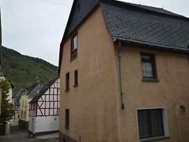 Comfortable House Directly By The Moselle, With Terrace And Private Parking photos Exterior