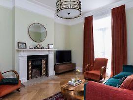 5Br Family Home In Leafy Sw London photos Exterior