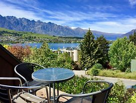 Quintessential Queenstown Cottage, Panoramic Views photos Exterior