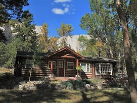 Tuckers Cottage Cabin photos Exterior