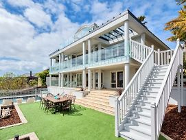 Elegant Orakei 4Br Mansion photos Exterior