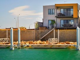 33 Inggarda Lane - Private Jetty & Spa photos Exterior