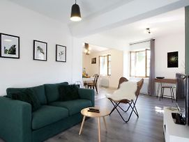 L'Or Vert, Air Conditioned, Wifi, Netflix, Castle View, 160M From Medieval Town photos Exterior