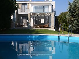 Sunny Sani Luxury Villas photos Exterior