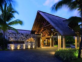 Paradis Beachcomber Golf Resort And Spa photos Exterior
