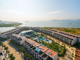 Royal Lotus Halong Resort & Villas photos Exterior
