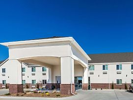 Days Inn & Suites By Wyndham El Dorado photos Exterior