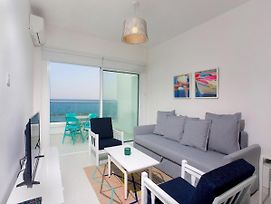 Limassol On The Beach Apartment photos Exterior