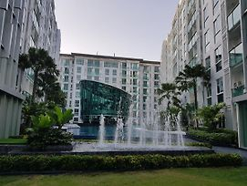 New Luxury 1Br Pool View City Center Residence photos Room