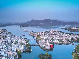 Oolala - Your Lake House In The Center Of Udaipur photos Room