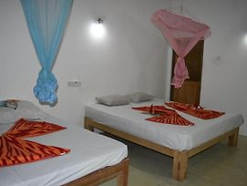 Relax Guest Sigiriya photos Room