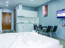 Silk Apartment Batumi 1 photos Room