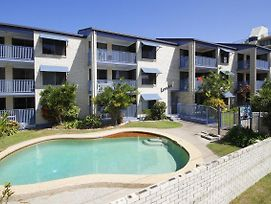 Levuka Unit 4 14 Moreton Pde. Kings Beach photos Exterior