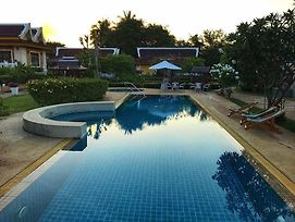 Khao Tao Lake And Beach Villas Hua Hin photos Exterior
